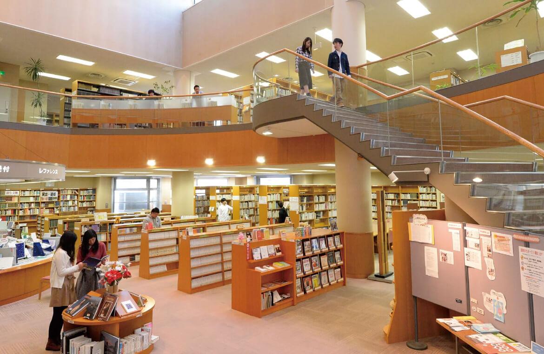 図書館本館