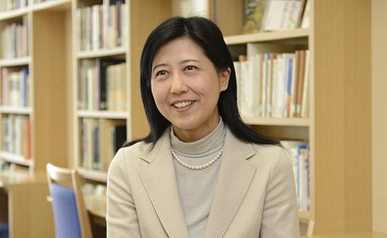 高田 由利子 准教授